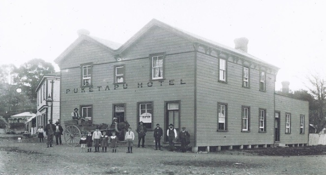 The old Puketapu Hotel, Hawkes Bay, N.Z.
